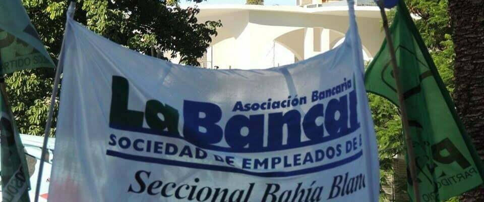 bandera-la-bancaria