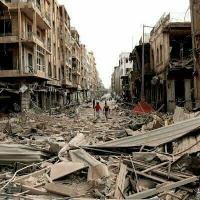"""***SE A—ADEN RESTRICCIONES Y ACTUALIZA N⁄MERO DE VÕCTIMAS***ALE04 ALEPO (SIRIA) 03/10/2012.- FotografÌa facilitada por la agencia de noticias siria SANA de una vista del lugar afectado por la explosiÛn de tres coches bomba en Alepo (Siria) hoy, miÈrcoles 3 de octubre de 2012. Al menos 31 personas murieron hoy y decenas resultaron heridas en varias """"explosiones terroristas"""" en Alepo (norte), la segunda ciudad de Siria, dijeron a Efe fuentes oficiales, que destacaron que hubo grandes daÒos materiales. EFE/SANA SOLO USO EDITORIAL PROHIBIDA SU VENTA"""